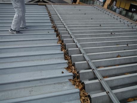 折半屋根劣化