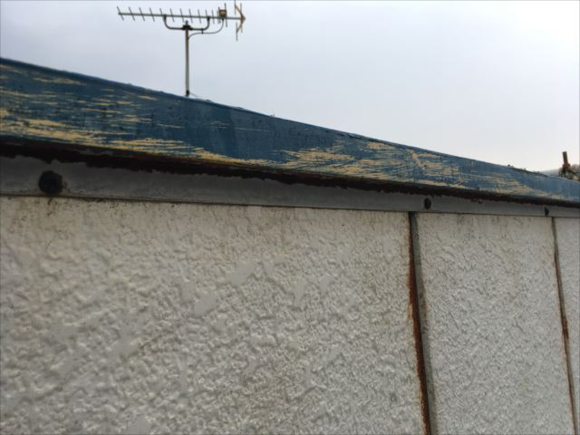 雨漏れ事例 外壁 笠木